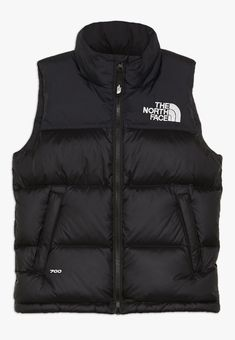 Vest Outfits, Sporty Outfits, Trendy Outfits, Cool Outfits, Lala Berlin, North Face Jacket, Black North Face Vest, Teen Fashion Outfits, Womens Fashion