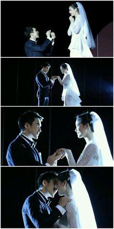 Leh Lub Salub Rarng: Ramin's wedding proposal to Petra NADECH♥YAYA Leh, Thai Drama, Social Platform, Petra, Traditional Dresses, Couple Goals, Proposal, Cute Couples, Thailand