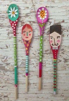 Folk Art Spoon Dolls by Wooden Spoon Crafts, Wooden Spoons, Wood Crafts, Diy And Crafts, Crafts For Kids, Arts And Crafts, Painted Spoons, Spoon Art, Arte Popular