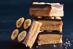 Put a spin on the classic caramel slice with rich dulce de leche - a thick, milk-based caramel from South America. Sweetened Condensed Milk Fudge, Sweet Condensed Milk, Condensed Milk Recipes, Winter Desserts, Easy Desserts, Delicious Desserts, Yummy Food, Fairy Bread, Milk Dessert