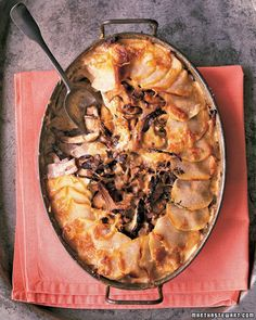 Potato - Mushroom Pie    http://www.marthastewart.com/312761/potato-mushroom-pie?center=852566&gallery=359926&slide=285665