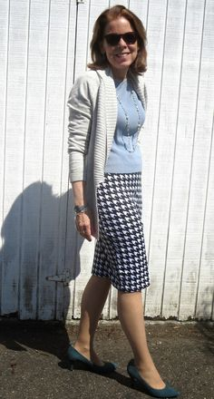 Need a skirt to take on trips? This Covered Perfectly skirt is comfy for work and dinners out. The lightweight, jersey material makes it a great piece for tucking into luggage. Over 50 Womens Fashion, Fashion Over 50, New Outfits, Fashion Outfits, Women's Fashion, Better Length, Spring Skirts, Older Women, Modest Fashion