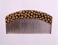 「小桜散蒔絵櫛」江戸~明治時代 19世紀  サントリー美術館