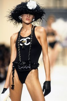 Eve Salvail at Chanel Spring 1994