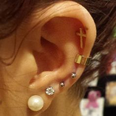 ear_cuff_and_piercing005.jpg