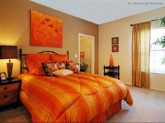 I NEVER thought I would like an orange room, but OMG I actually love it for a guest bedroom!