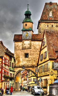 Rothenburg ob der Tauber - Röder-Arch and St Mark's Tower - Germany