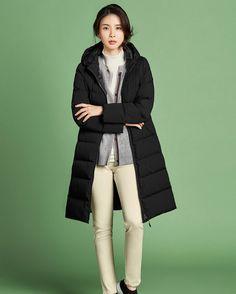 Lee Bo Young, Ji Sung, Beautiful Asian Women, Asian Woman, Winter Jackets, Korean Wave, Womens Fashion, Clothes, Winter Coats
