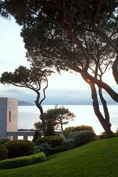 Une villa a Saint-Tropez : Saint-Tropez, villa, méditerranée, jardin, cap Saint Pierre.