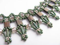 Tutorial for beadwoven tila bead necklace by TrinketsBeadwork