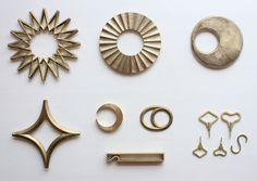 FUTAGAMI's signature products: Brass Trivets and Bottle Openers sandcasting brass japanese handicrafts futagami ojimasanori japanesedesign ifjtradings trivet bottleopener ifjtradings Japanese Handicrafts, Japanese Tools, Japanese Style, Brass Pot, Buddhist Traditions, The Right Stuff, Sock Shop, Craft Accessories, Inspirational Gifts