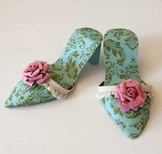 Paper Crafts Origami, Diy Paper, Paper Art, Paper Crafting, Paper Shoes, Paper Purse, Shoe Crafts, Diy Crafts, Foam Crafts