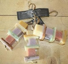 Soap on the roap: lekkere luchtjes aan een touwtje... € 3,-