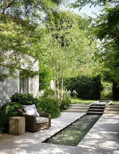 Small Garden Landscaping Garden Diy Battersea Todhunter Earle Interiors Battersea Todhunter Earle Interiors The post Battersea Todhunter Earle Interiors appeared first on Outdoor Diy. Back Gardens, Small Gardens, Outdoor Gardens, Terraced Landscaping, Backyard Landscaping, Landscaping Ideas, Backyard Retreat, Backyard Patio, Terraced Backyard