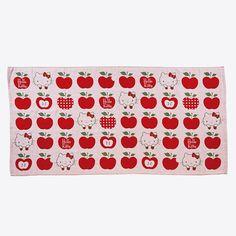 Hello Kitty bath towel (apple)