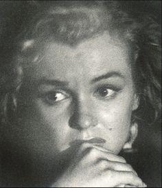 MARILYN MONROE – NIGHT SHOTS – ANDRE DE DIENES – 1953 | leo leigh