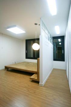 Walk in closet behind bed decor Bedroom Closet Design, Bedroom Wardrobe, Home Room Design, Bed Design, House Design, Closet Designs, Bedroom Layouts, Room Ideas Bedroom, Home Bedroom