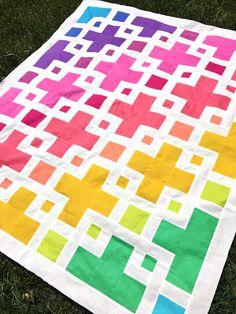 The Violet Quilt - A New Pattern | Kitchen Table Quilting Purple Quilts, Colorful Quilts, Plus Quilt, Crazy Patchwork, Patchwork Jeans, Quilt Storage, Twin Quilt Size, Rainbow Quilt, The Violet