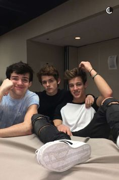 Dylan Dauzat, Aaron Carpenter, Cameron Dallas = Magcon