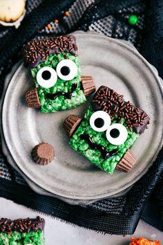 FRANKENSTEIN KRISPIES TREATS | 5 super easy Halloween treats -- mummy cookies, graveyard pudding cups, Frankenstein krispies, pumpkin krispies, and double-sided Halloween sandwich cookies I chelseasmessyapron.com