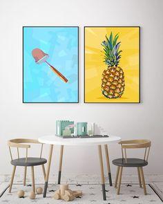 Visste du at ostehøvelen er en norsk oppfinnelse? Den ble laget av snekkermester Thor Bjørklund han hadde irritert seg over hvor vanskelig det var å skjære pent av osten når man brukte kniv så han oppfant høvelen med utgangspunkt i en vanlig snekkerhøvel! Lurer på om det finnes ananashøvel?