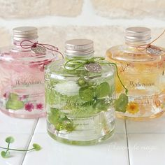 Flowers In Jars, Floating Flowers, Interior Paint Colors, Paint Colors For Home, Diy Crafts For Teen Girls, Gel Candles, Belleza Natural, Bath Salts, Interior Design Living Room