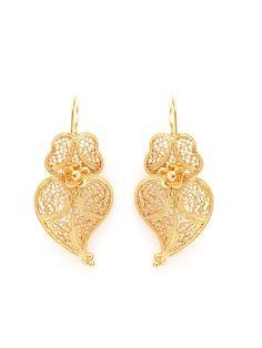 f4a2c69b44e14 Tradicional III - Brincos coração de Viana em prata lei com banho de ouro   brinco
