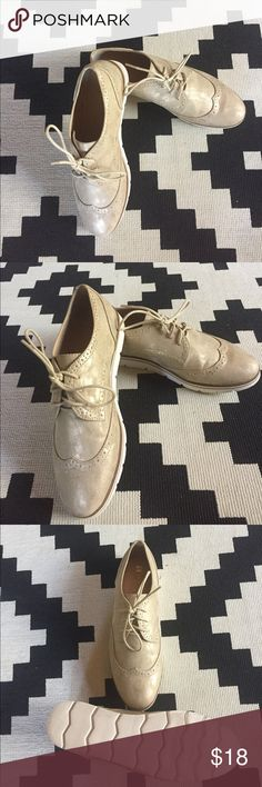 Gold Oxford lace up shoes ✨ These faux leather shoes are very light weight with flexible soles.  They are in excellent used condition.  The gold is subtle enough to pair with jeans or nice enough to wear out for drinks with black leggings & a tunic!  They fit true to size. White Mountain Shoes Sneakers