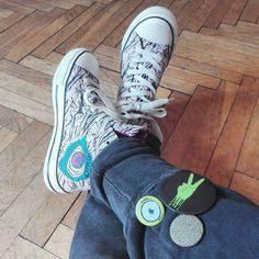 Today's attire #badges #pins #zombie #zombies #eyes #trainers #sneekers #badziki #przypinki #fatponyclub by fatponyclub