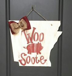 "HogSnaps A cute ""Go Hog"" wooden door or wall hanging made for my niece by Southern Timber. Go Razorbacks! Wooden Door Hangers, Wooden Doors, Wooden Signs, Wood Crafts, Fun Crafts, Diy And Crafts, Razorback Wreath, Woo Pig Sooie, University Of Arkansas"