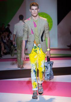 SS14 Versace OUTRAGEOUS! Yeah I'd wear it minus the sandals!