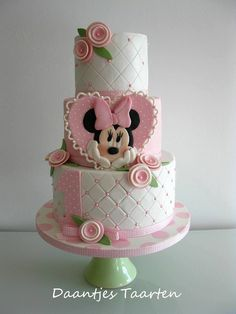 "Minnie Mouse ""Disney"" Cake Design 
