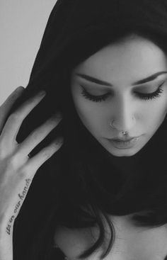 felice fawn:: yeah so im snow white. im a vampire and so i really only hang around at night time. I guess you can say hi if you want