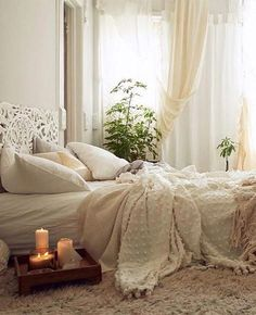 10 Ways to Infuse Your Home with Hygge Vibes - Decoration Danish Bedroom, Cozy Bedroom, Bedroom Decor, Bedroom Curtains, Bedroom Ideas, Master Bedroom, Style At Home, Hygee Home, Textured Bedding
