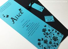 """Convite de 15 anos. Modelo Alice: Convite para festa de 15 anos inspirado no filme """"Alice no país das maravilhas""""."""
