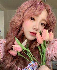 Ulzzang Hair, Ulzzang Korean Girl, Girl Hair Colors, Hair Dye Colors, Pretty Korean Girls, Cute Korean Girl, Aesthetic Hair, Aesthetic Makeup, Korean Hair Color