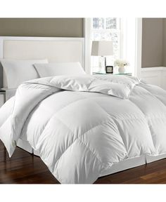 Blue Ridge Home Fashions Kathy Ireland- Essentials 240 Thread White Goose Feather And Down Comforter Full/Queen In White White Comforter Bedroom, Fluffy Comforter, White Down Comforter, White Bed Comforters, Surf Bedroom, Bedroom Comforters, Pink Bedding, White Bedroom, Master Bedroom