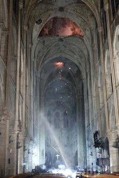 As the fire at the Notre Dame Cathedral in Paris was finally extinguished, pictures emerged showing the devastation the building experienced. Gothic Buildings, Gothic Architecture, Hotel Des Invalides, Paris Landmarks, Saint Chapelle, Famous Monuments, Ile Saint Louis, Ville France, Kirchen