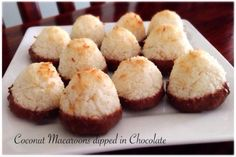 Coconut Macaroons dipped in Chocolate Bellini Recipe, Coconut Macaroons, Dips, Muffin, Chocolate, Breakfast, Recipes, Food, Thermomix