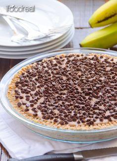 Clean Gluten Free No Bake Peanut Butter Pie - Healthy no bake pie made with bananas, peanut butter, nut crust & chocolate chips. Tastes just like ice cream sans processed stuff!  #glutenfree