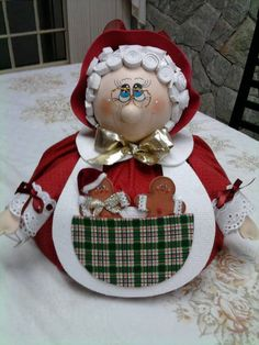 Cobre bolo - feito com tecido 100% algodão e e.v.a R$ 45,00