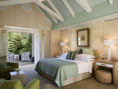 Bedroom of gorgeous New Zealand vacation home. Whereas the living room is darker and set for intimate evenings, this is very light and soothing room which probably feels like heaven waking up in. #interior_design #cabin #bedroom