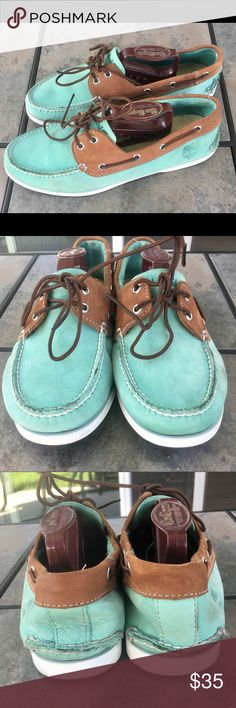 Timberland 2 Eye Classic Lace Up Boat Shoes Sz 10 Timberland 2 Eye Classic Lace Up Green Brown Leather Boat Shoes Sz 10  Shoes are used, worn. Timberland Shoes Boat Shoes