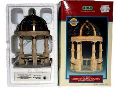 Lighted Grand Gazebo #9438-4 Lemax Village Collection