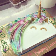 Unicorn sheet cake Baby 1st Birthday, Unicorn Birthday Parties, Unicorn Party, Birthday Cake, Birthday Sheet Cakes, Birthday Ideas, Unicorn Foods, Cute Cakes, Cakes And More