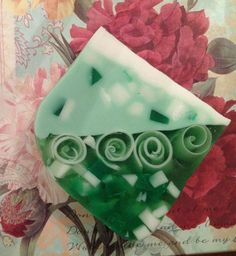 Cucumber Melon Glycerin Soap...bet this smells heavenly ❤ http://pinterest.com/nfordzho/soaps/