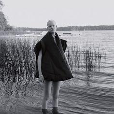 New Work w/ Model: Linn Arvidsson / Styling: Andrej Skok / Hair: Mette Thorsgaard / Make: Sophia Eriksen / Stylist Assistant: Rebeka Breymas / @linnarvidson @andrejskok @mettethorsgaard @sophiaeriksen @beccabreymas @lundlundagency @jedroot @mikasstockholm #benjaminvnuk #fashion #editorial #blackandwhite