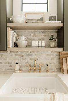 Home Interior, Kitchen Interior, Kitchen Design, Interior Design, Architecture Design, Cuisines Design, Commercial Design, Home Kitchens, Kitchen Remodel