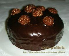 Torta Ferrero Rocher, ricetta dolce -http://blog.giallozafferano.it/cucinaprediletta/torta-ferrero-rocher-ricetta-dolce/
