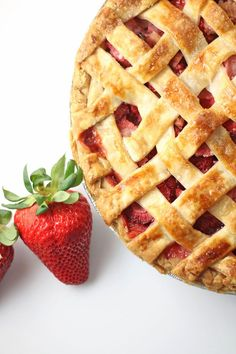 Strawberry Rhubarb Pie | Recipe at RoseBakes.com . This sweet and tangy pie is bursting with summertime flavors. #summer #pie #fresh #strawberry #strawberries #rhubarb